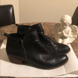 Lucky Brand Black Side Zip Ankle Booties Size 9.5